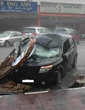 falling object on car